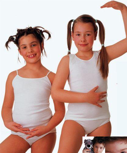 Ragazza con collant e corsetto in webcam tette bellissime 2